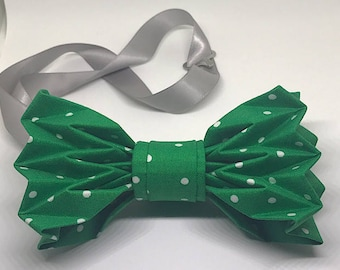 The Pioneer - Green & White Polka Dot Origami Bow Tie