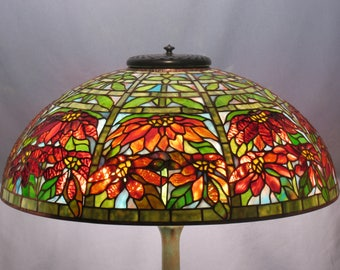 Tiffany studios. Reproduction Tiffany lamp. Lampshade. Authentic Double Poinsettia lampshade