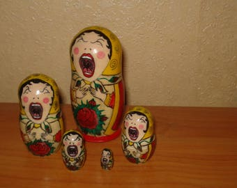 Set of 5pc hand painted wooden russian matryoshka nesting dolls SINGING GIRLS