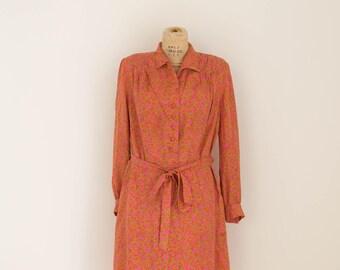 Vintage Long Sleeved Red Pattern Shirt Dress