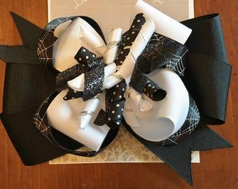 Layered Halloween Spider Web Bow