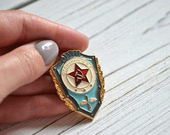 Soviet military badge. Vintage military badge. USSR. Vintage badge. Collectible