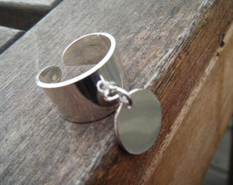 wide adjustable silver ring and round 15mm Medal (etching free hand)