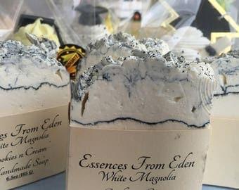 White Magnolia Cookies and Cream