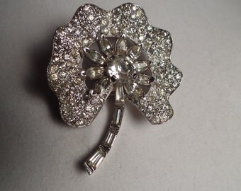 Lovely 1950's Jomaz Brooch with Floral Design