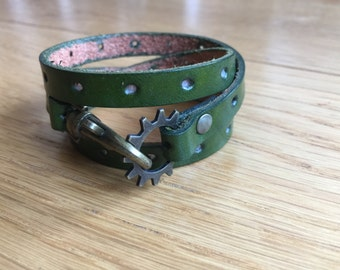 Leather Wrap Bracelet in Green leather with Brass Toggle Clasp