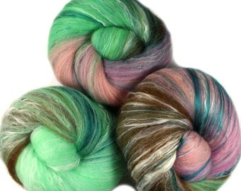 Wallflower  - classic batts -- (4 oz.) organic polwarth wool, bamboo, soysilk, sparkle.