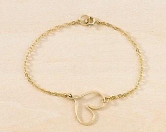 Sideways Heart Bracelet – Modern Heart Outline Bracelet in Sterling Silver or Gold Filled, Modern Minimalist Hammered Freshie & Zero Jewelry
