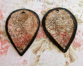 Antiqued Crackle Copper Petals - 1 pair - 30mm long