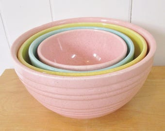 vintage McCoy pottery 4 piece pastel nesting mixing bowl set