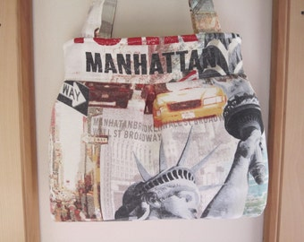 Purse Pleated Handbag  Ipad Netbook Tote New York City Statue of Liberty