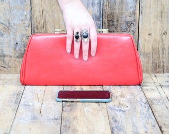 Red clutch, vegan handbag, vegan clutch, red vegan clutch, red vegan purse, red purse, red handbag, girlfriend gift, evening purse