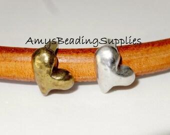 ON SALE 2 Regaliz Spacer HEARTS (Choose - Antique Brass or Antique Silver)