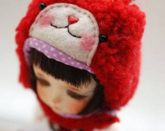 Latidoll yellow animal hat with fur chin strap - red bunny