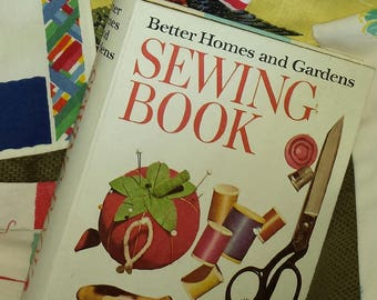 Better Homes and Gardens SEWING BOOK vintage 1972