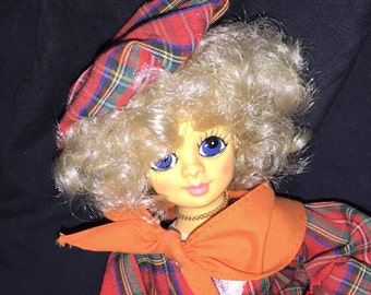 1986 Brinn's Autom Leaves September Musical Doll
