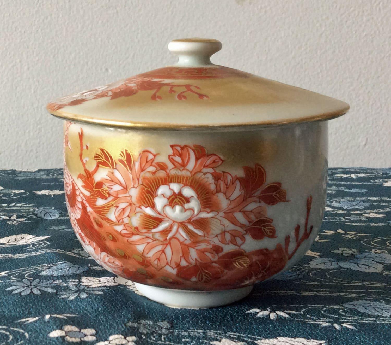 vintage kutani japan large tea cup with lid peacock and. Black Bedroom Furniture Sets. Home Design Ideas