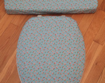 French Mini Print Blue Pink Red Roses Toilet Seat Cover Set