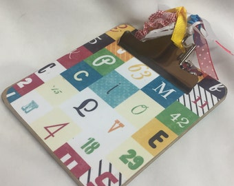 POST It NOTE magnetic Teacher CLIPBOARD Alphabet