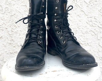 Lace up black granny boots ropers 8