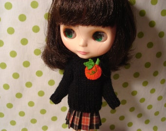Blythe Black Sweater with Pumpkin Pin for Pullip and Vintage Skipper Too!