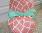 Turn Up Ponytail Scrub Hat in Soft Coral Lattice Quatrefoil