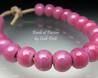 Artisan Beads of Passion Leah Deeb Lampwork - 20 Perfect Pink Minis