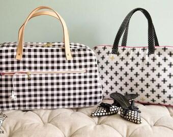 SALE The RETrO TRAVEL Bag Pattern by Melissa Mortenson Tote