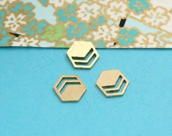 8 pcs Raw Brass Laser Cut charm finding cabochon (MCS 007)