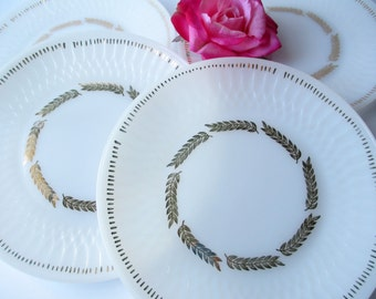 Vintage Federal Dinner Plates Golden Harvest Set of Four - Retro Chic