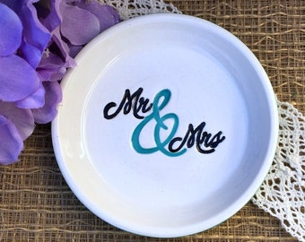 Mr and Mrs Ring Dish in Caribbean Blue, Ceramic Wedding Ring Dish, Gift For Wedding Couple, Wedding Ring Bowl, Ready to Ship