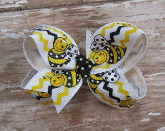 Small Bumblebee Print Grosgrain Hair Bow for Baby, Toddler, Infant, Boutique Bee Hairbow