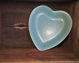 Vintage Pfaltzgraff Primitive Stonewear Heart Dish Plate