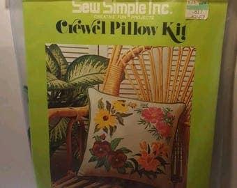 Vintage Sew Simple, Inc. Crewel Pillow Kit Floral Circle #CRP 7003 Complete