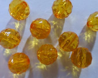 Vintage Amber Faceted Round Lucite Beads 15mm (10)