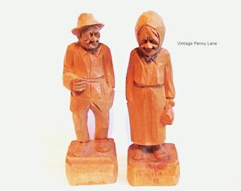 Vintage Quebec Folk Art, Elderly Maritime Couple / Figurines / Wood Carving / Sculptures / Artist Signed