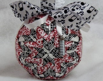 Quilted Music Theme Ornament w/ Keyboard Charm