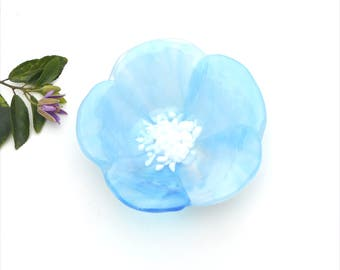Fused glass flower bowl, light blue feathery on clear for the petals,  white center