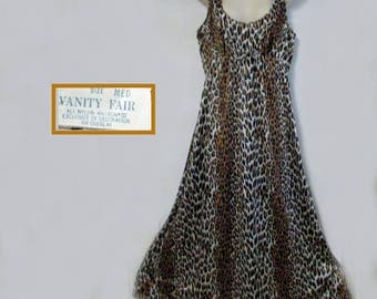 Vanity Fair vintage nylon leopard nightgown size medium
