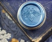 La Dame Blanche Solid Natural Perfume -  Round Tins with signature, color coded honey bee wax seal