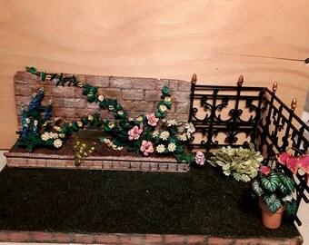 Side garden in miniature