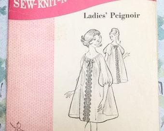 Sew Knit N Stretch 215 Peignoir Vintage Sewing Pattern 1960s Nightgown Lingerie Sizes S   M   L  Kerstin Martensson