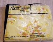 Vintage Full Flat Sheet NIP NOS Unopened Yellow Daisy Double Bed Flower Power Retro Sheet Fabric Pacific Miracale Percale