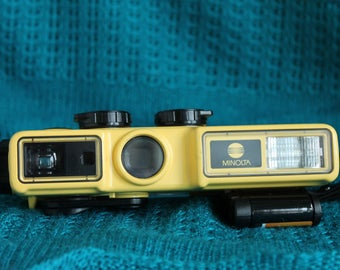 Minolta Weathermatic A Water proof  Camera