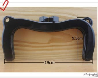 7 1/2 inch black crown resin purse frame with loops B80