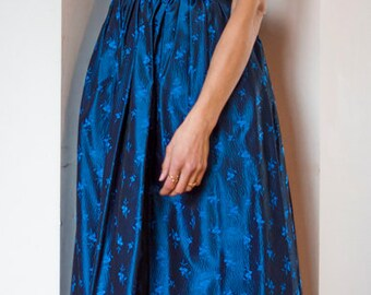 Vintage 1980s designer metallic blue silk strapless boned corset sash sweetheart prom dress UK10