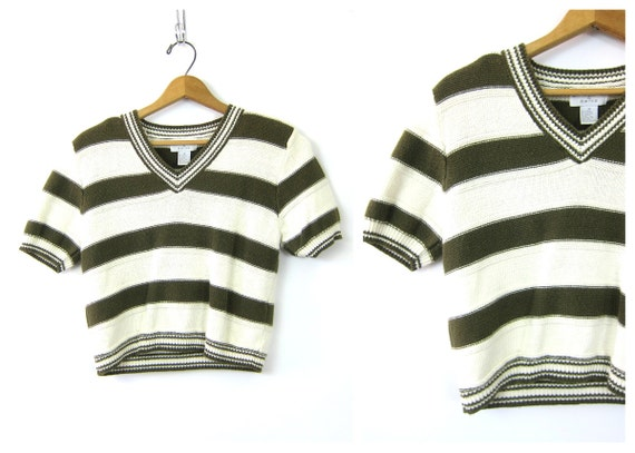 Army Green striped sweater top Cropped 90s preppy knit Basic sweater Crop Vneck Stripes knit shirt Simple White Preppy Womens size Medium