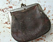 ANTiQuE LeaTHeR CoiN PuRSe