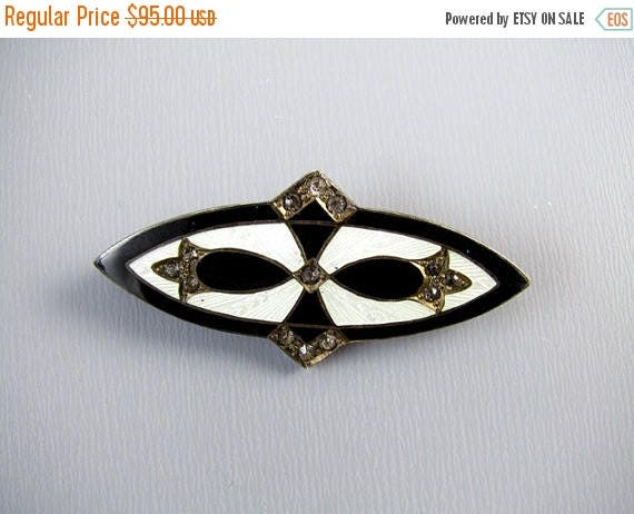 SPRING CLEANING SALE Vintage Art Deco sterling silver white guilloche and black taille de epargne enamel rhinestone paste brooch pin