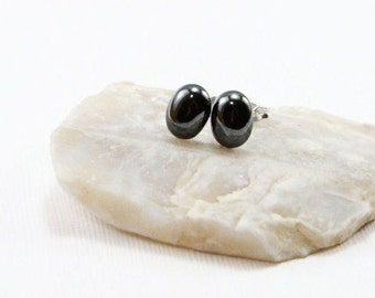 Hematite Gemstone . SMALL 6x8mm Oval Domes . Sterling Silver Posts Studs Earrings . Metallic Black . E16031